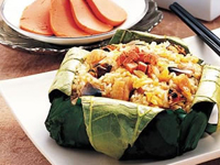 Steamd Pork with Rice Flour Wrapped in Lotus Leaf, Guilin Guide, Guilin Travel