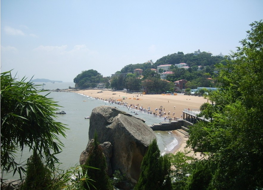 Island of Blown Waves (Gulangyu Island)