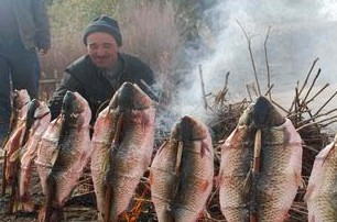 Roast Fish, Kashgar Travel, Travel Guide