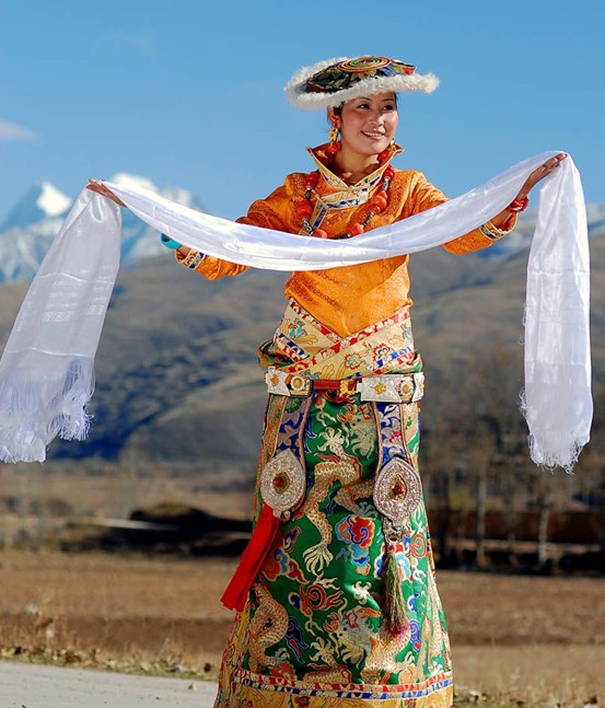 Atlas Silk, Turpan Travel, Turpan Guide