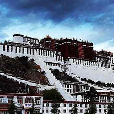 11-day Ganden Monastery to Samye Monastery Trekking