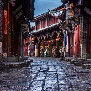 Yunnan Old Town Discovery Tour