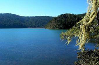 bitahai-lake-2.jpg