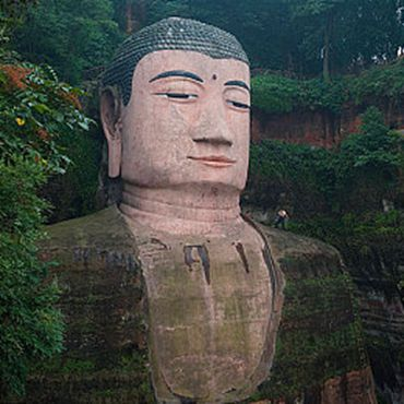 One Day Bus Tour to Panda Base and Leshan Giant Buddha