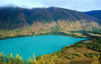 kanas-lake-1.jpg