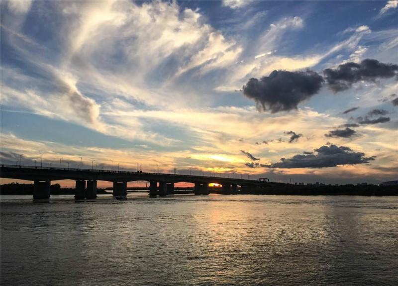 Han River.jpg